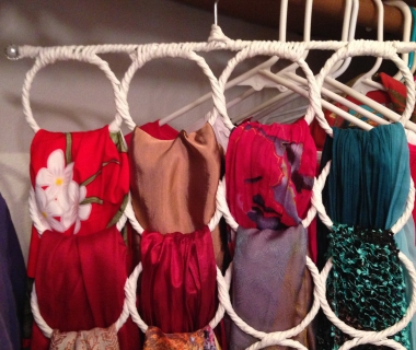 The Lowdown On Scarf Storage. Scarfs In Closet_380x320